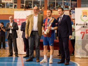 El FC Barcelona Lassa, en categoria masculina, i el KH-7 BM Granollers, en la femenina, guanyen la Supercopa de Catalunya d'handbol