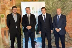 Conveni entre la Secretaria General de l'Esport i la Diputació de Lleida per garantir el transport de l'alumnat de les comarques lleidatanes en el marc del programa Esport Blanc Escolar