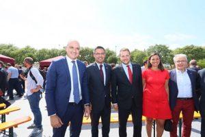 El FC Barcelona col·loca la primera pedra de l'Estadi Johan Cruyff