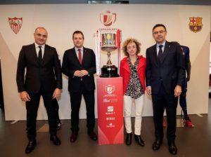 El FC Barcelona supera el Sevilla i aixeca la 30a Copa del Rei de futbol