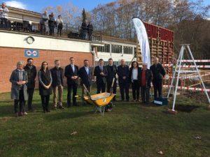 El Club Natació Olot posa la primera pedra de les obres de remodelació i ampliació de les seves instal·lacions