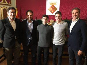 La Paeria de Cervera rep els germans Marc i Àlex Márquez, campions del món de motociclisme aquesta temporada