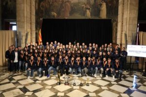 La consellera Budó fa un reconeixement als esportistes, als clubs i a la Federació Catalana d'Handbol pels seus èxits i la feina amb l'esport base