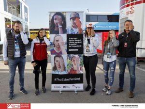 Les pilots Laia Sanz, Belén Garcia i Tatiana Calderón promouen la campanya #ThoEstasPerdent durant els entrenaments de Fórmula 1 al Circuit de Barcelona-Catalunya