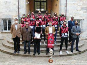 La Generalitat de Catalunya rep l'Uni Girona com a campiones de la Copa de la Reina